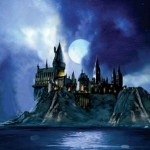 Harry Potter: Full Moon at Hogwarts (Canvas)
